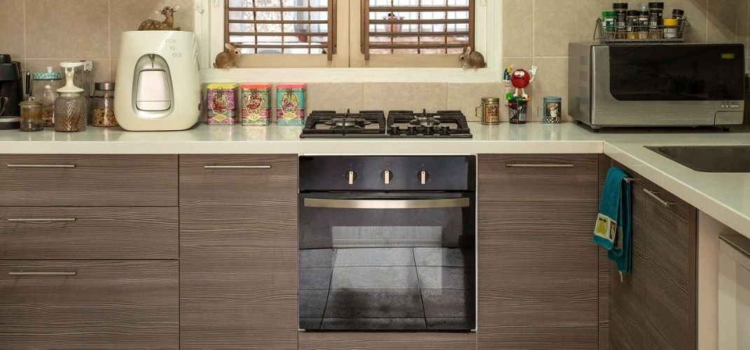 kitchen stove